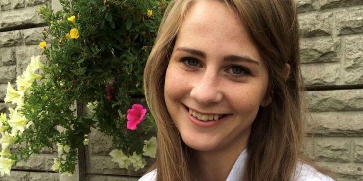 Photo of Louise Nealon