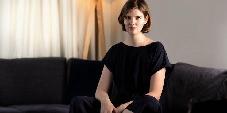 Elizabeth Macneal